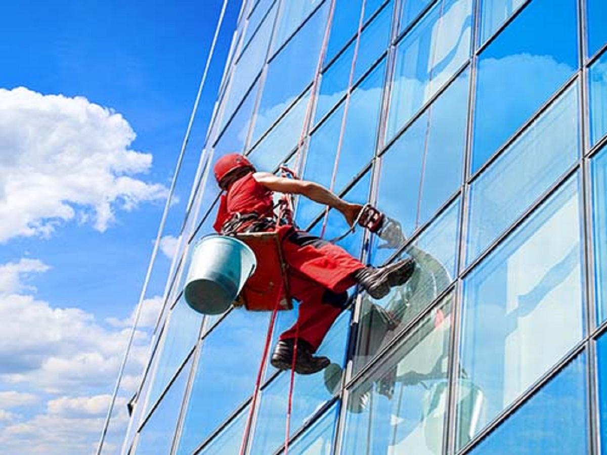 068 signature window cleaning denver