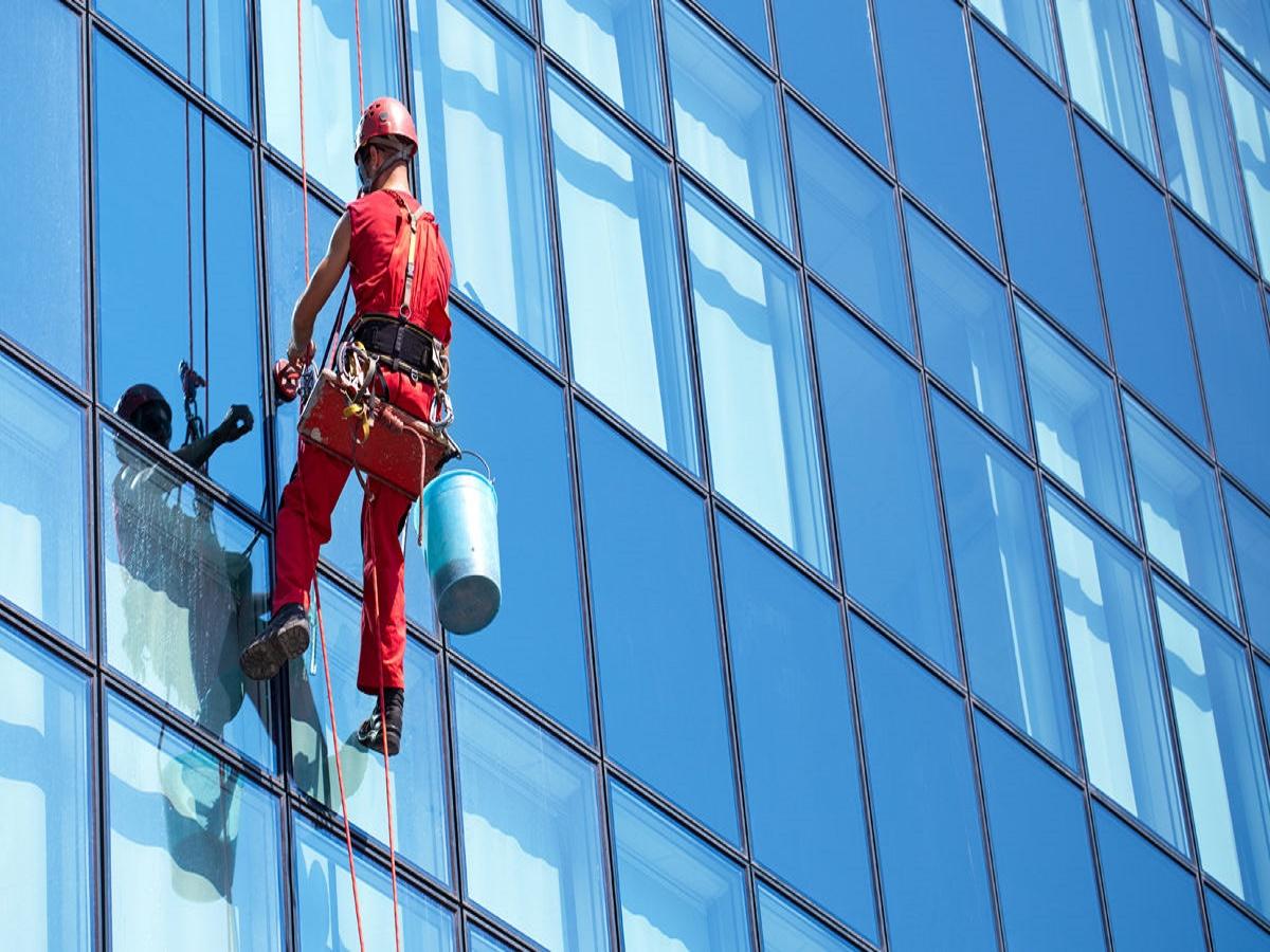 043 signature window cleaning denver